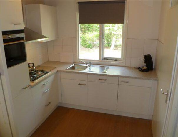 Bungalow II - open keuken van alle gemakken voorzien
